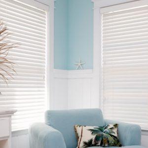 iStock-painted-venetian-blinds2